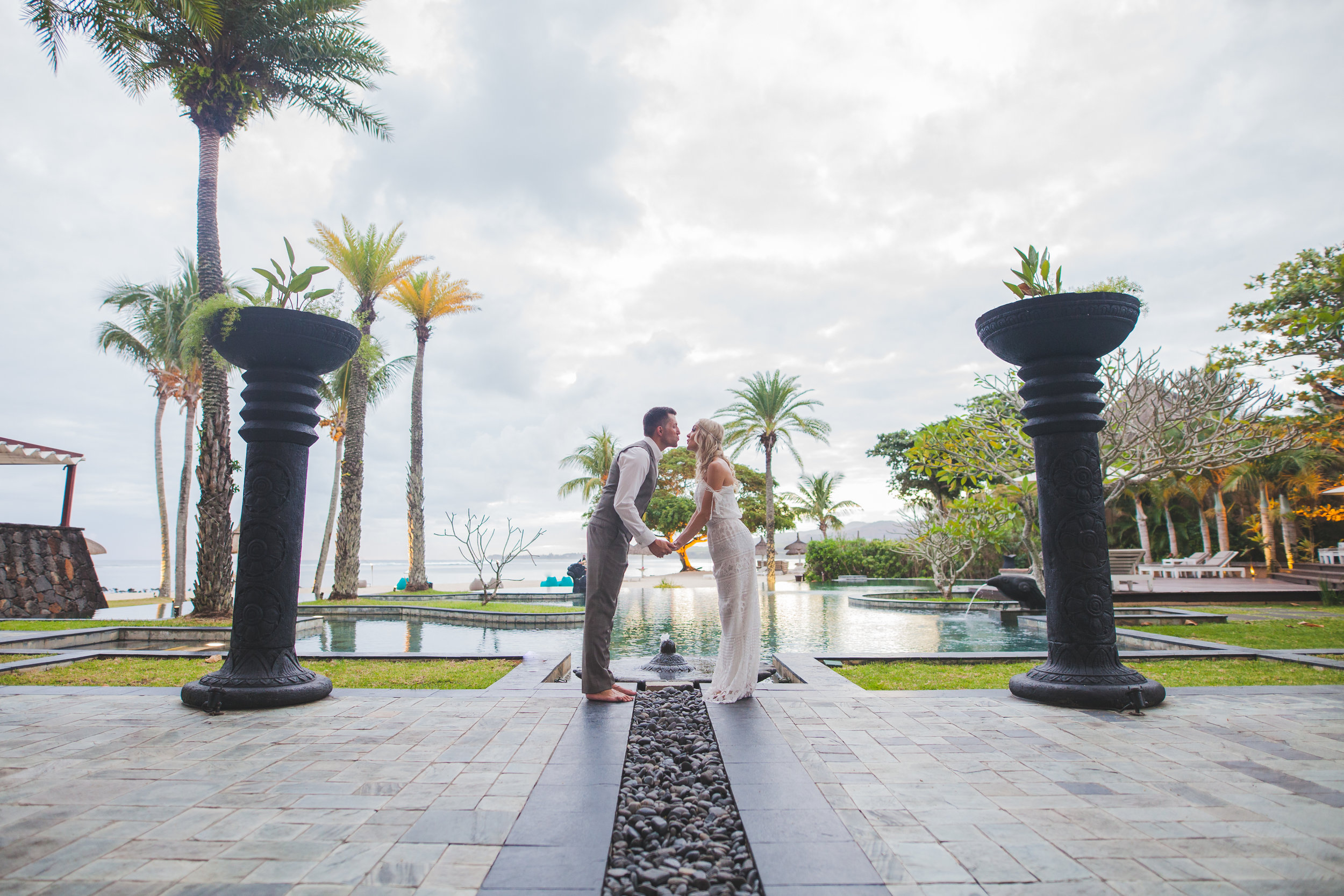 Couple Kissing at Shanti Maurice