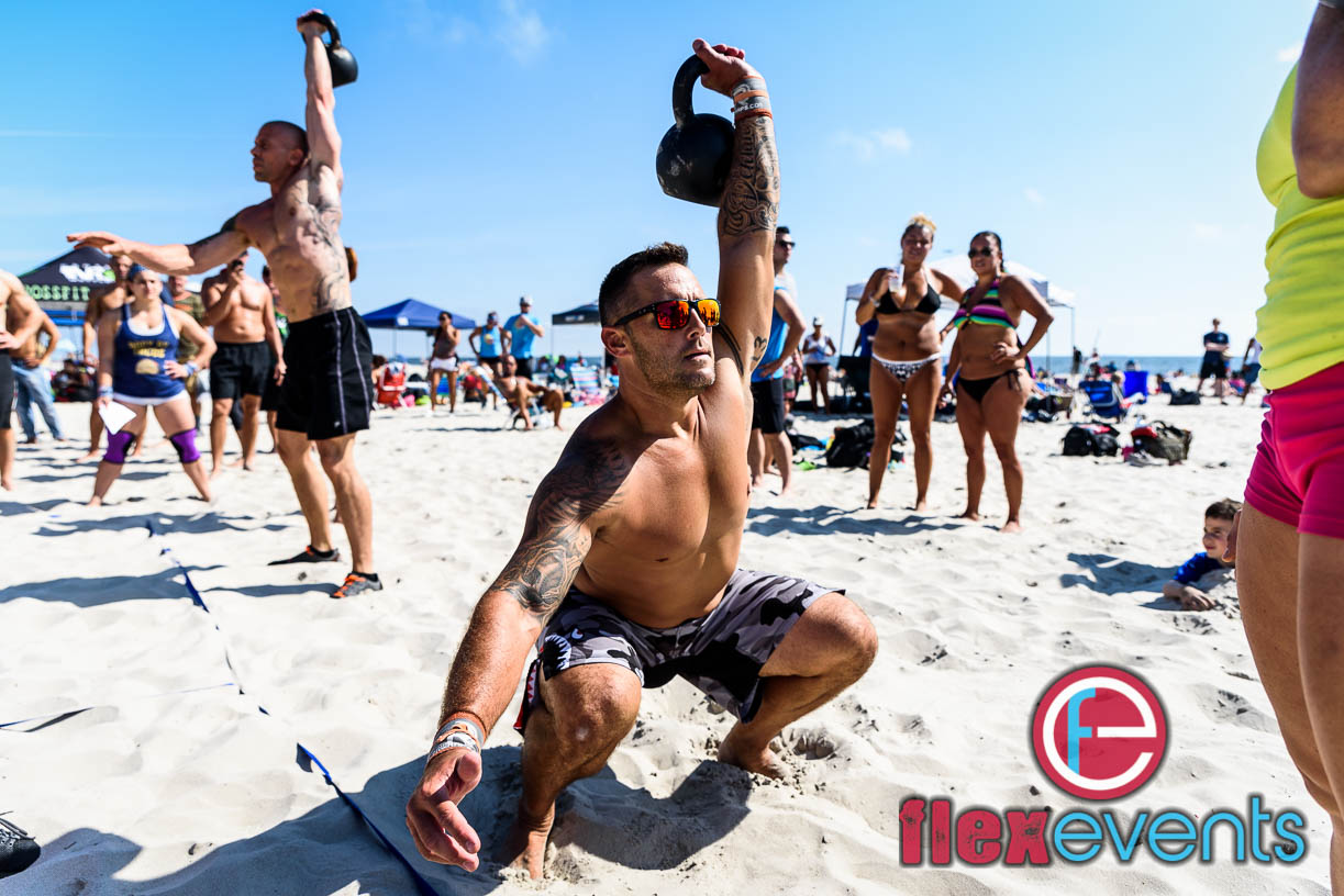 Eidens showing off that mobility at Flex on the Beach