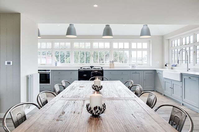 N E W 🔨 B L O G ⠀⠀⠀⠀⠀⠀⠀⠀⠀ We've just updated the blog with a new before and after. You may have see this completed project on our website, but take a look at how this project started it's life; the transformation was quite something. Here is a snapshot of the kitchen space after. Let us know what you think 💭perringproperties.co.uk/blog/before-after-open-plan-barn-conversion-seaside-living [link in bio] ⠀⠀⠀⠀⠀⠀⠀⠀⠀ #perringproperties #builders #cornwall #cornwallbuilders #cornish #tradesman #beforeandafter #kitchen #renovation #extention #transformation #cornwalluk #cornwalllife #cornwallliving #home #interiors #styling #coastal #coastalliving #coastalstyle #construction #seasideliving #cornishcoast #constructionsite #bespoke #interiordesign