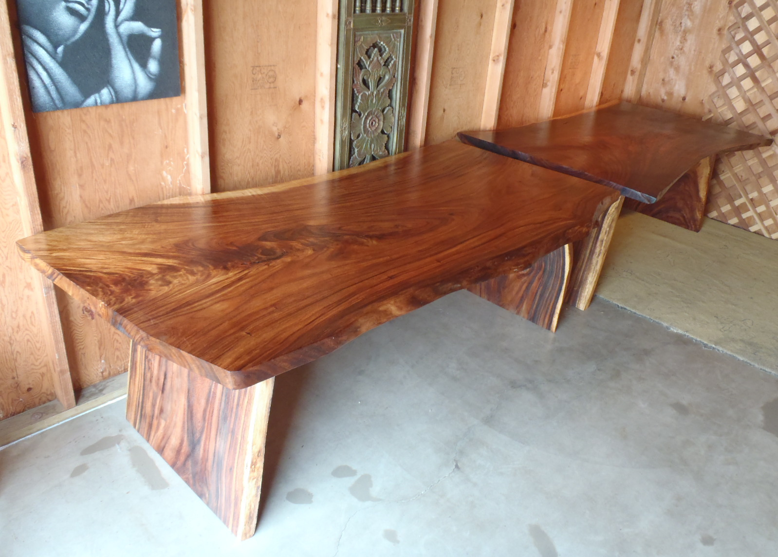 WALNUT ACACIA TABLE