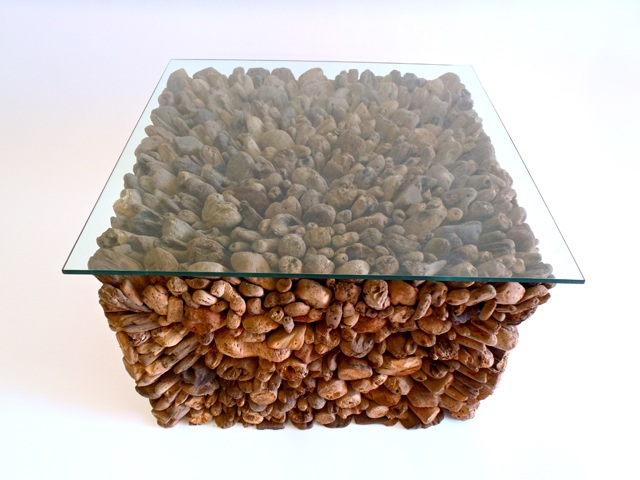 SQUARE PEBBLE TABLE