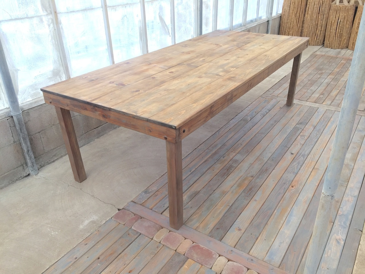 Weathered Gray Table w Wood Legs