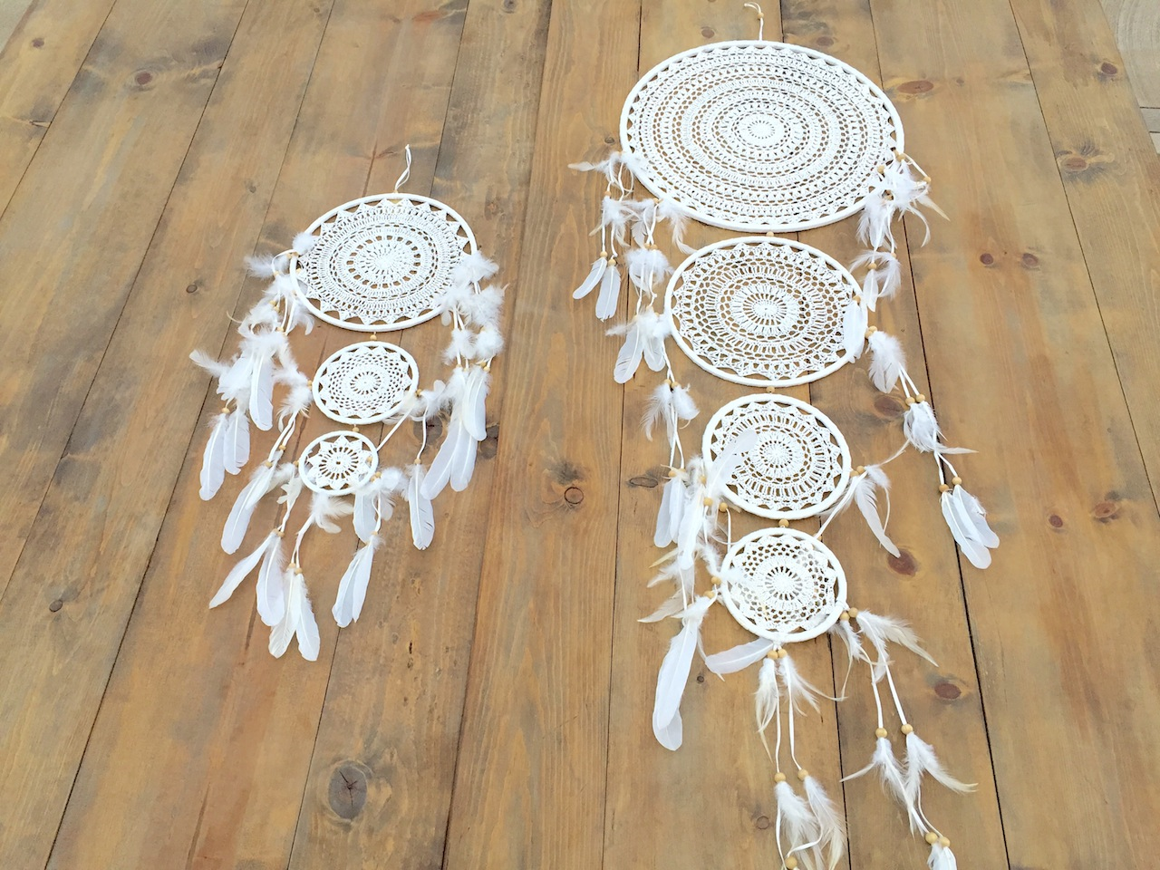 WHITE DREAM CATCHERS