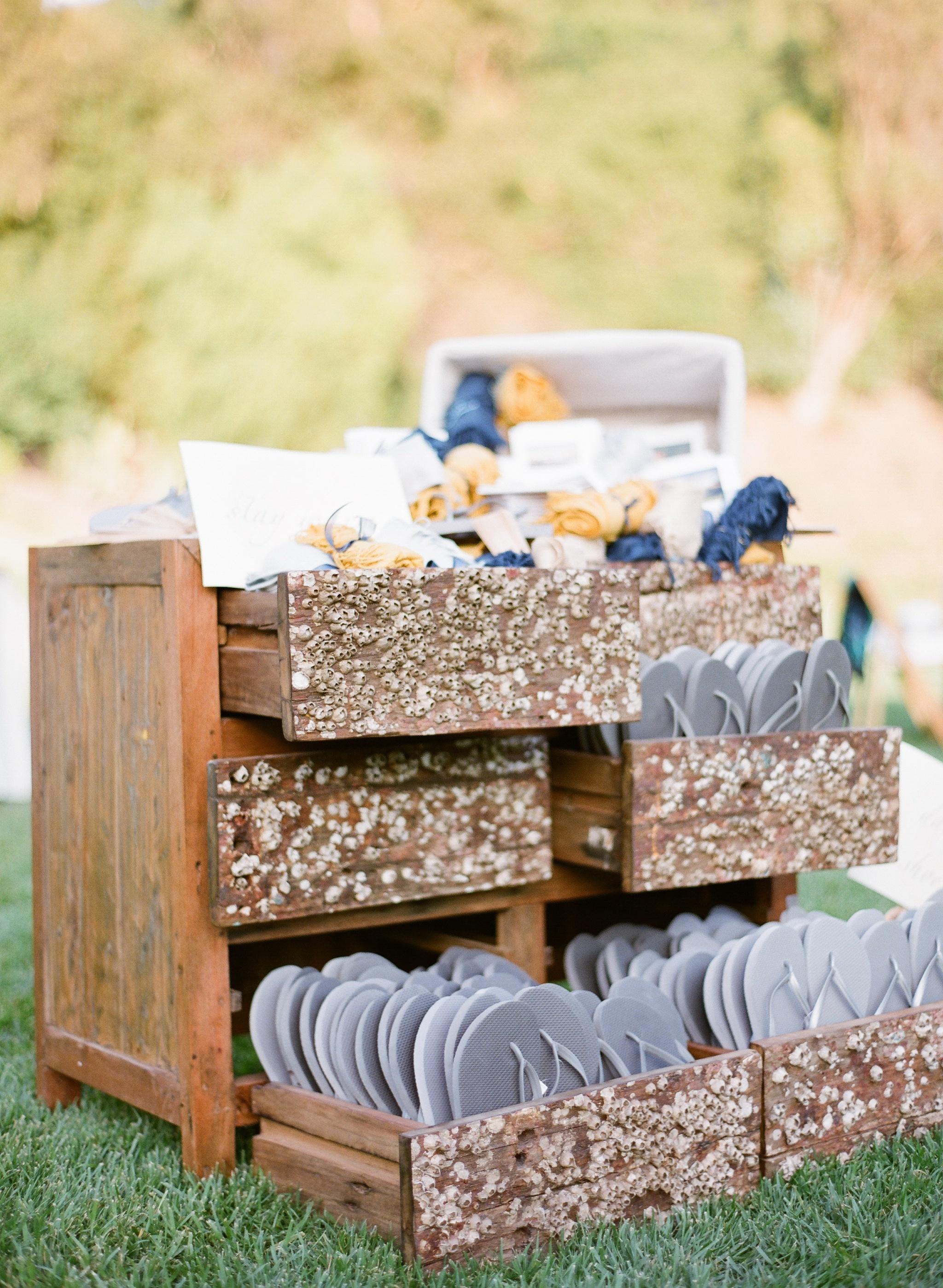 Barnacle Dresser