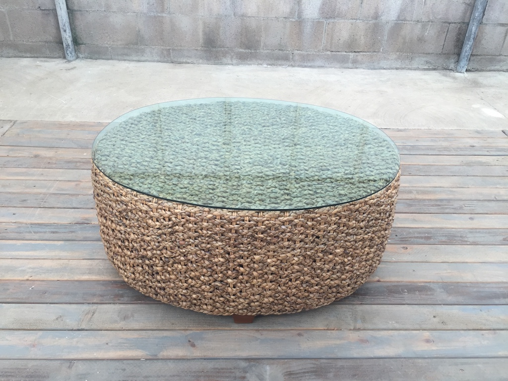 WOVEN OVAL TABLE - A