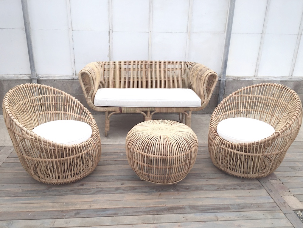 Carrillo Lounge Set