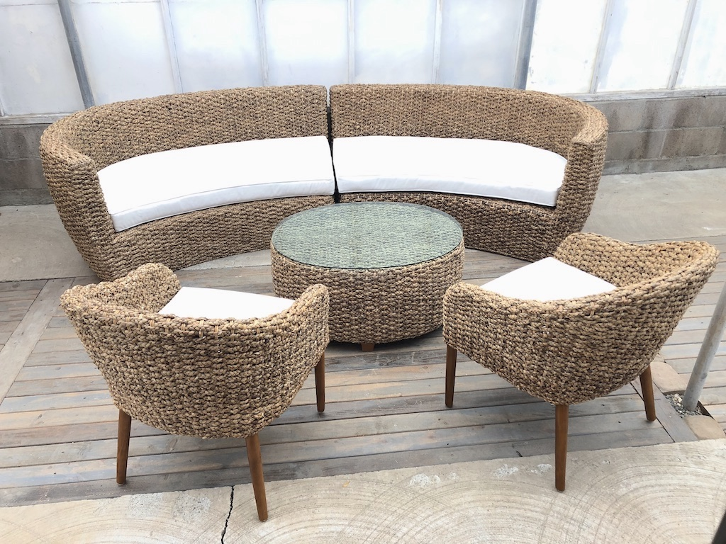 Curved Woven Lounge B