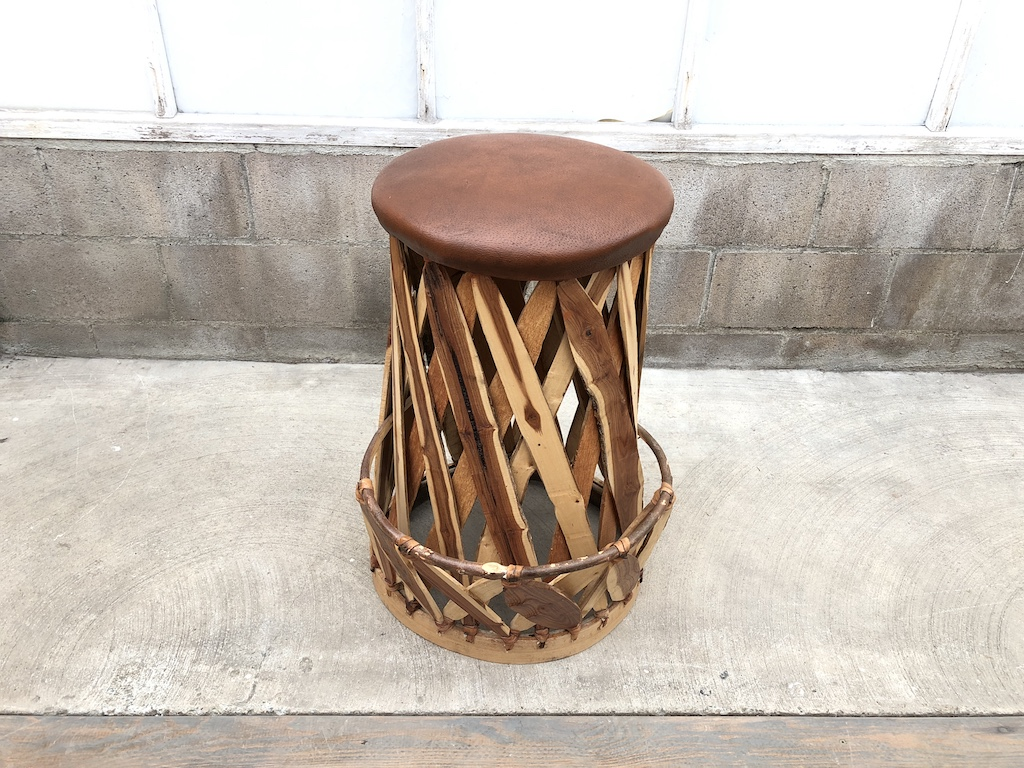 Equipales Barstool w Footrest