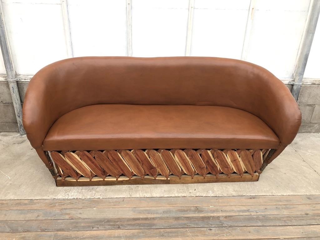 Lg Tobacco Sofa
