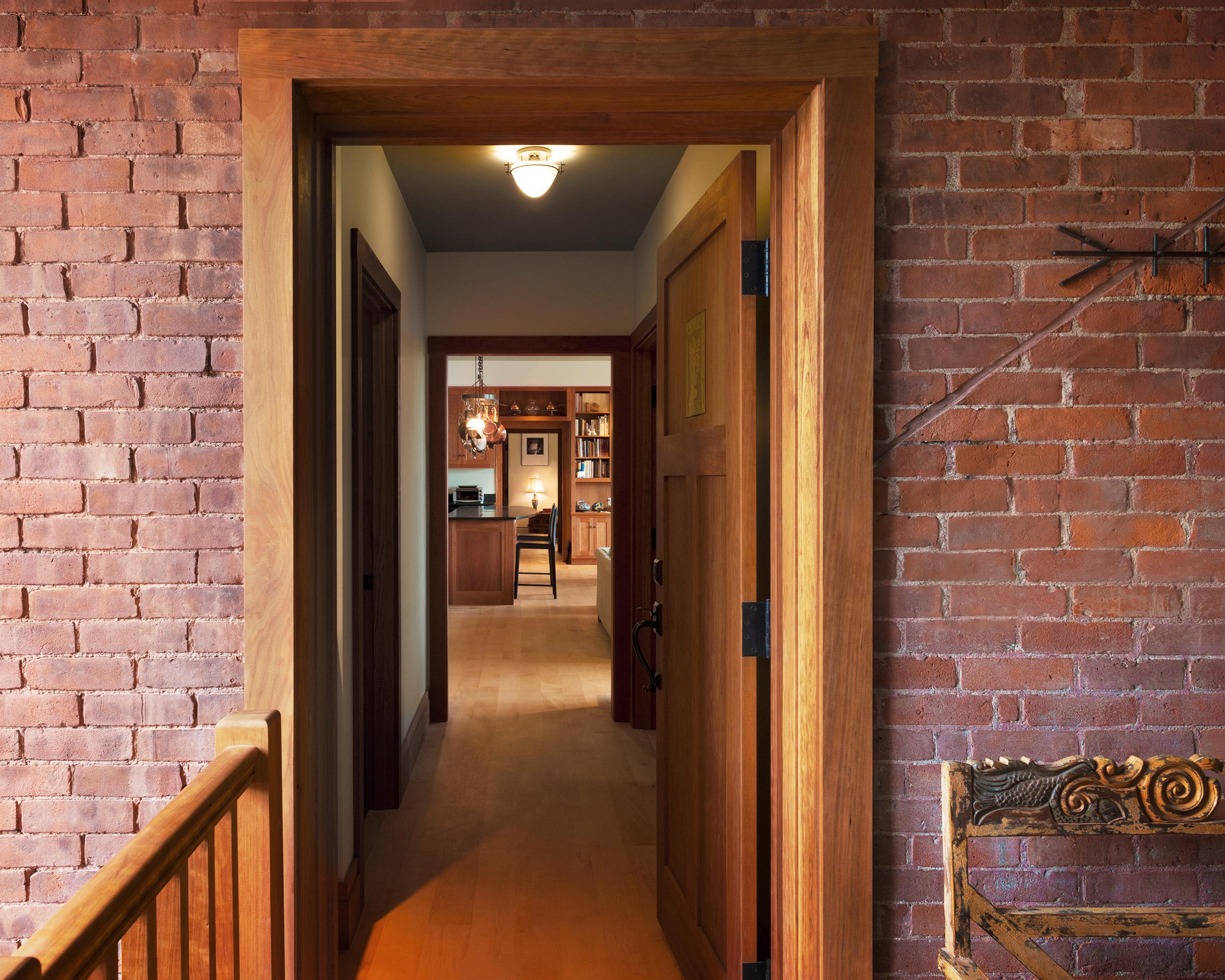 Eichinger_Apartment Entry.jpg