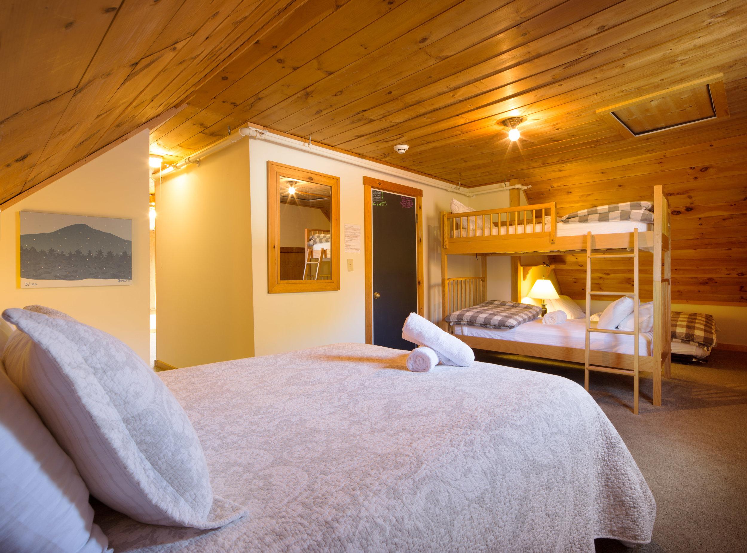 Homestyle Hostel_Suite 1.jpg