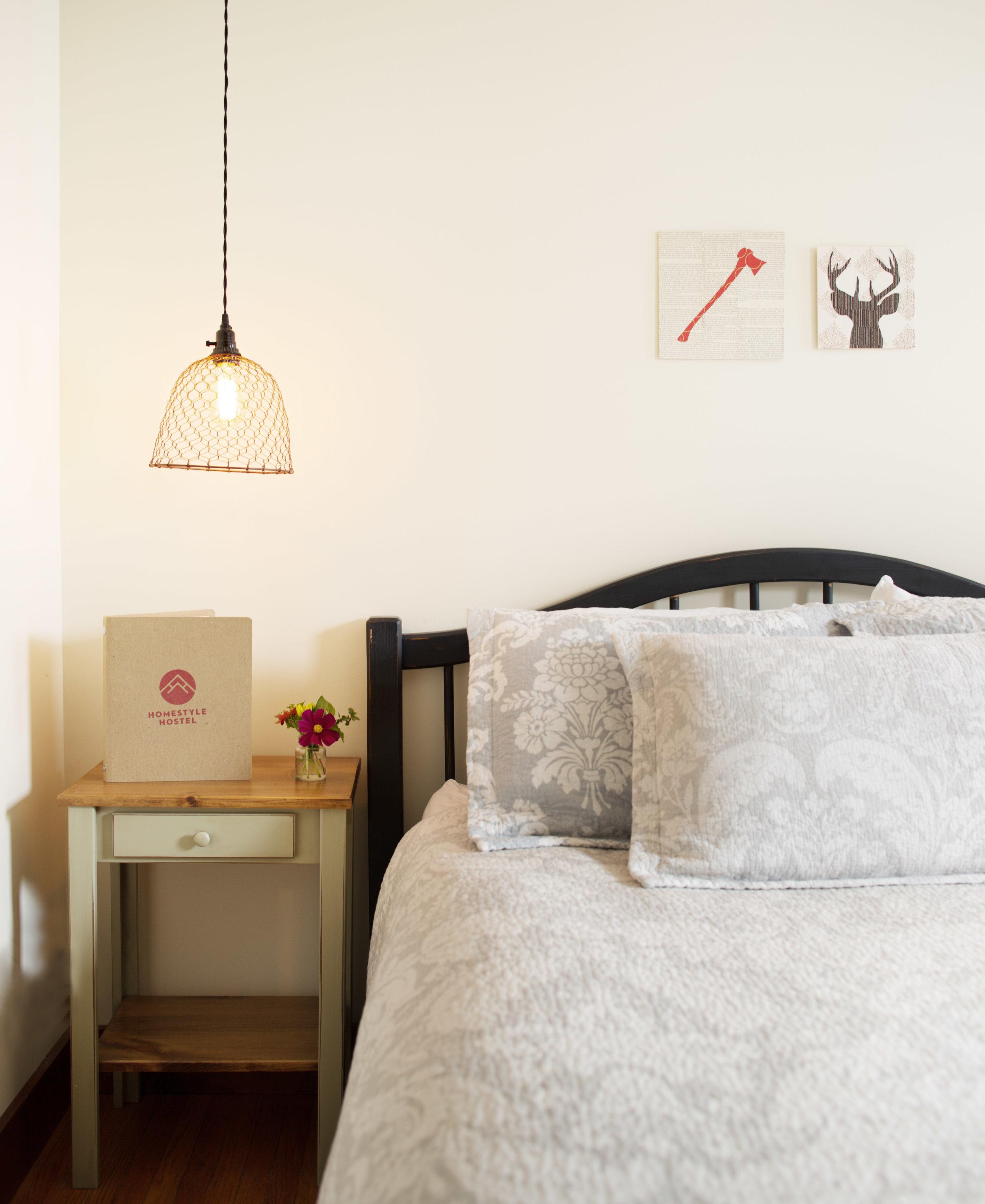 Homestyle Hostel-Queen 1.jpg