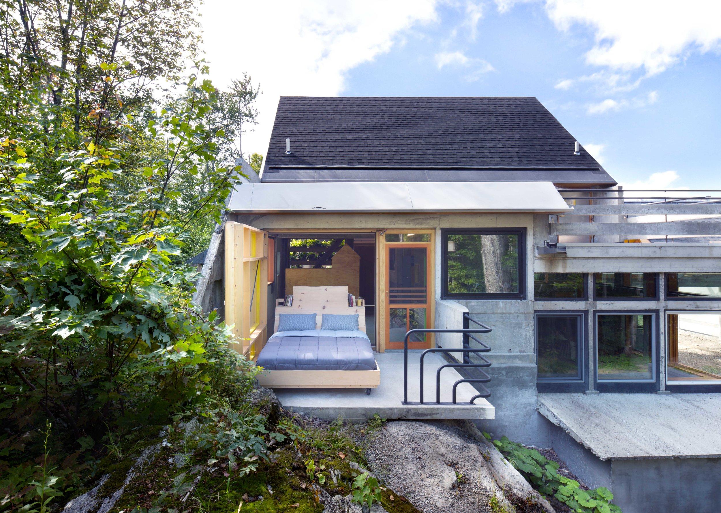 Home-Run-House-6833-Master-Bedroom.jpg