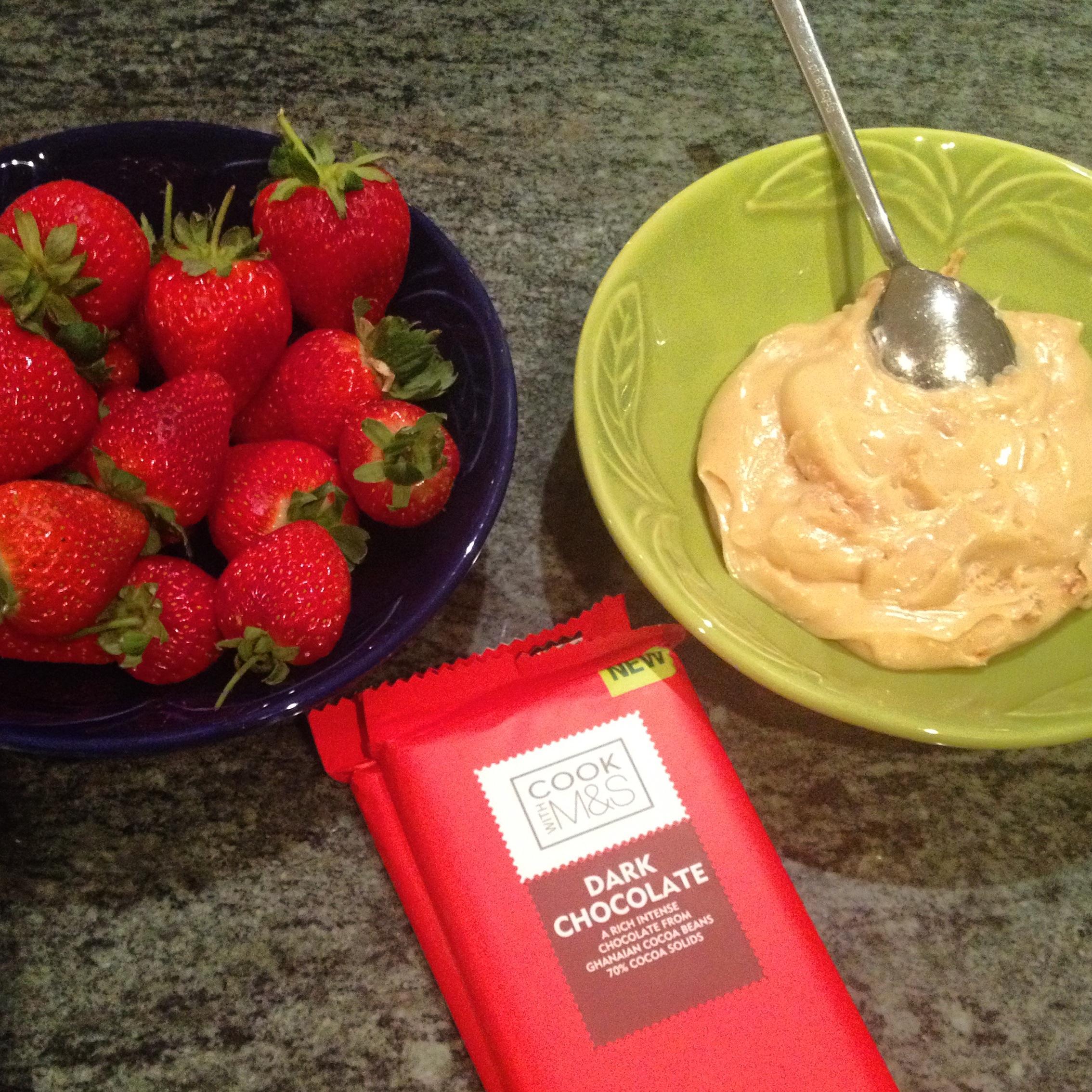 Strawberry Bombom Ingredients