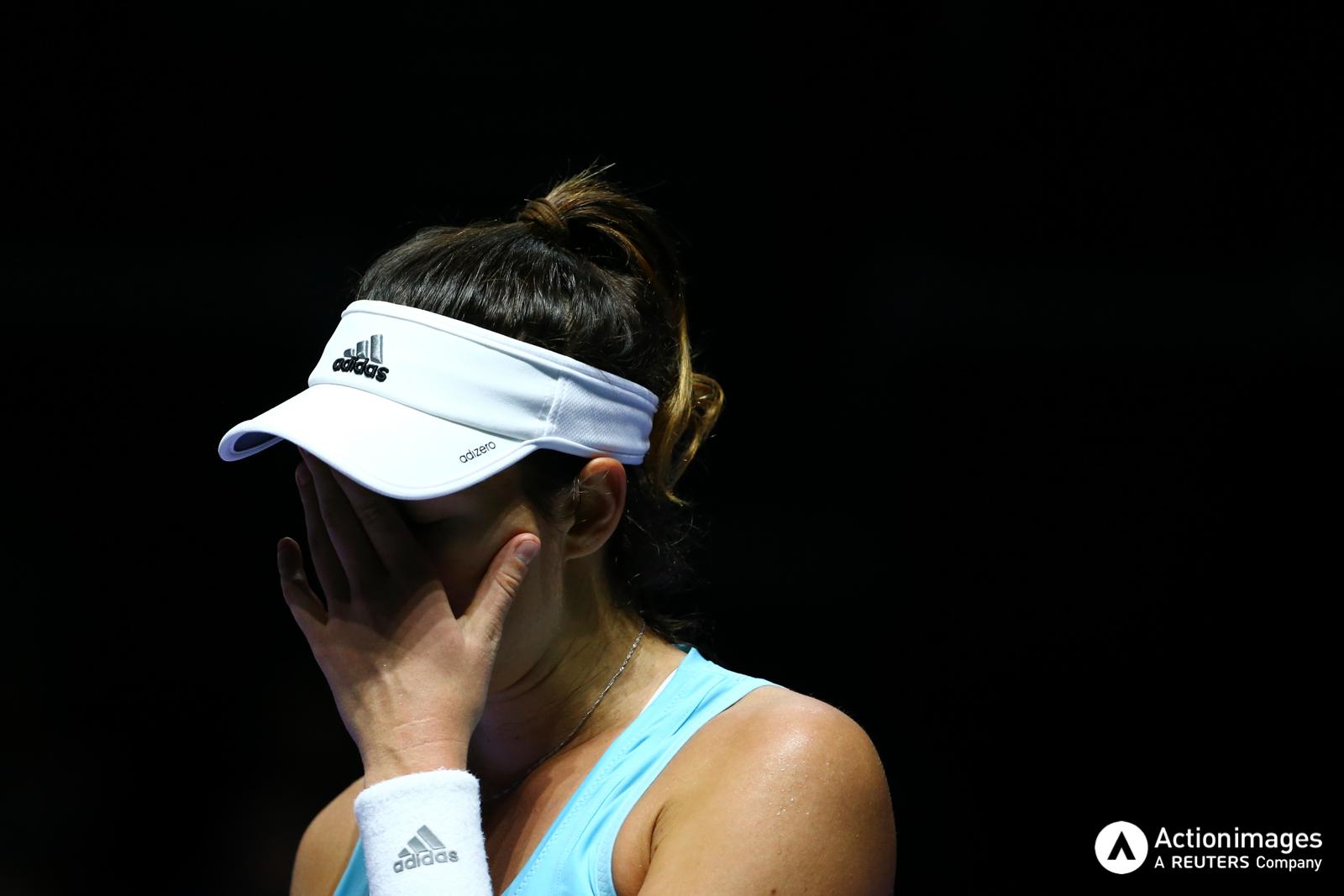 Tennis - BNP Paribas WTA Finals - Singapore Indoor Stadium - 25/10/16 Spain's Garbine Muguruza reacts during her round robin match Mandatory Credit: Action Images / Yong Teck Lim Livepic