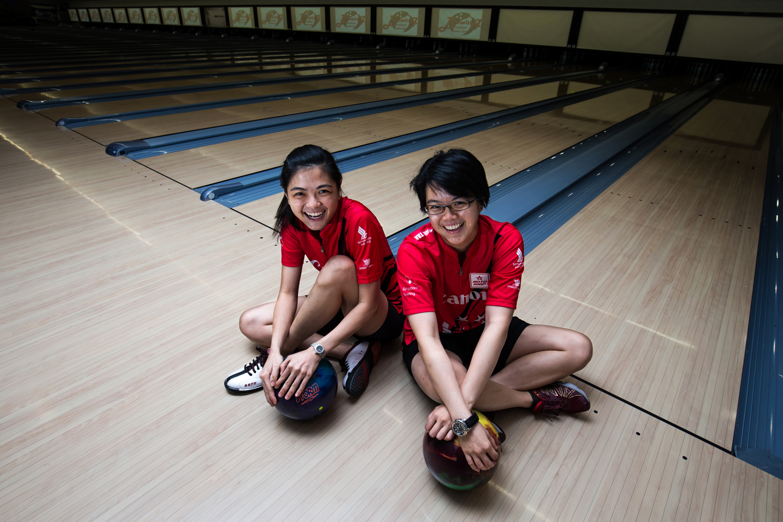 ytlim-yahoo-wip-bowling-tansisters-1.jpg