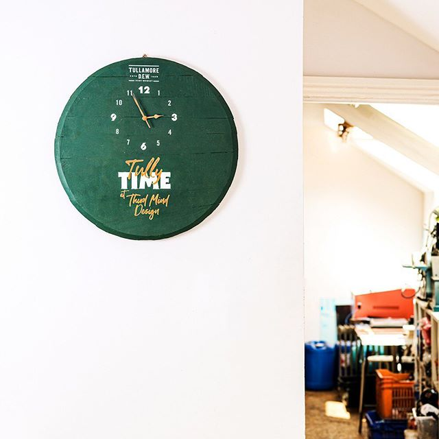 Its Tully Time at Third Mind this week and it'll be Tully Time in nearly 80 venues across many parts of Europe from next week onwards as they receive these whiskey barrelhead clocks in the post.  We were given nearly 80 used whiskey barrelheads by Tullamore DEW and asked to give them a second life with their new branding and a functioning clock. . . . #tullamoredew #whiskey #green #design #clock