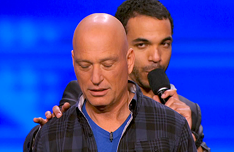 chris jones howie mandel shakes hands hypnotist agt