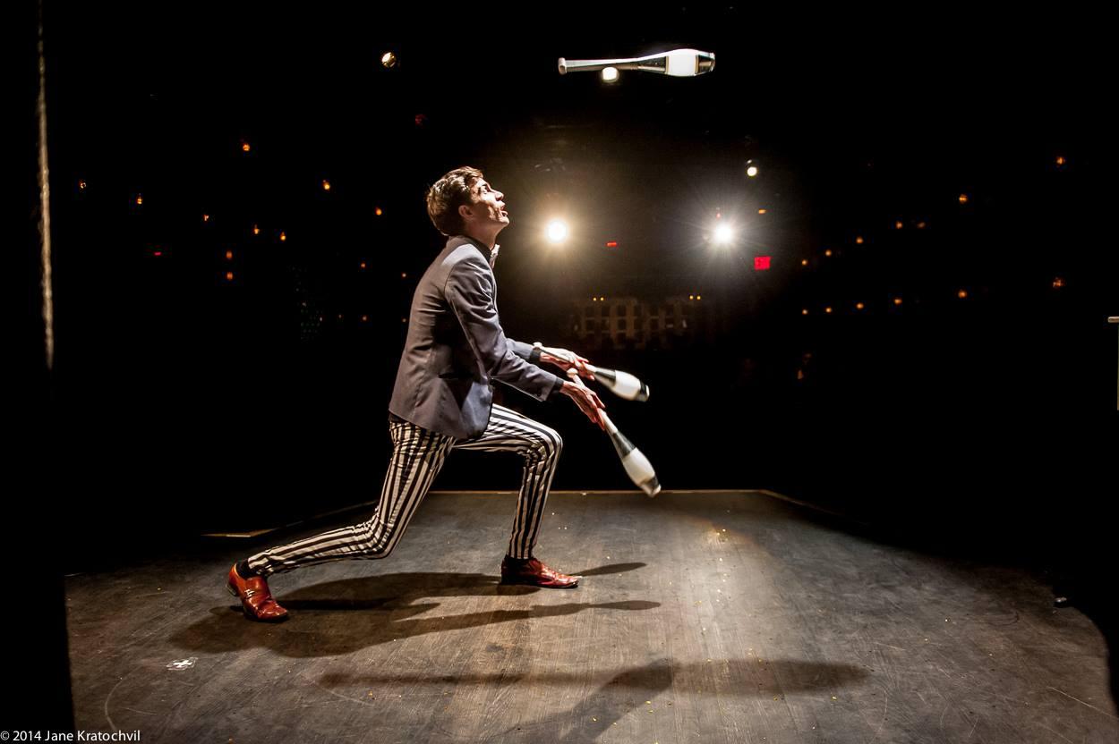 chris ruggiero juggler.jpg