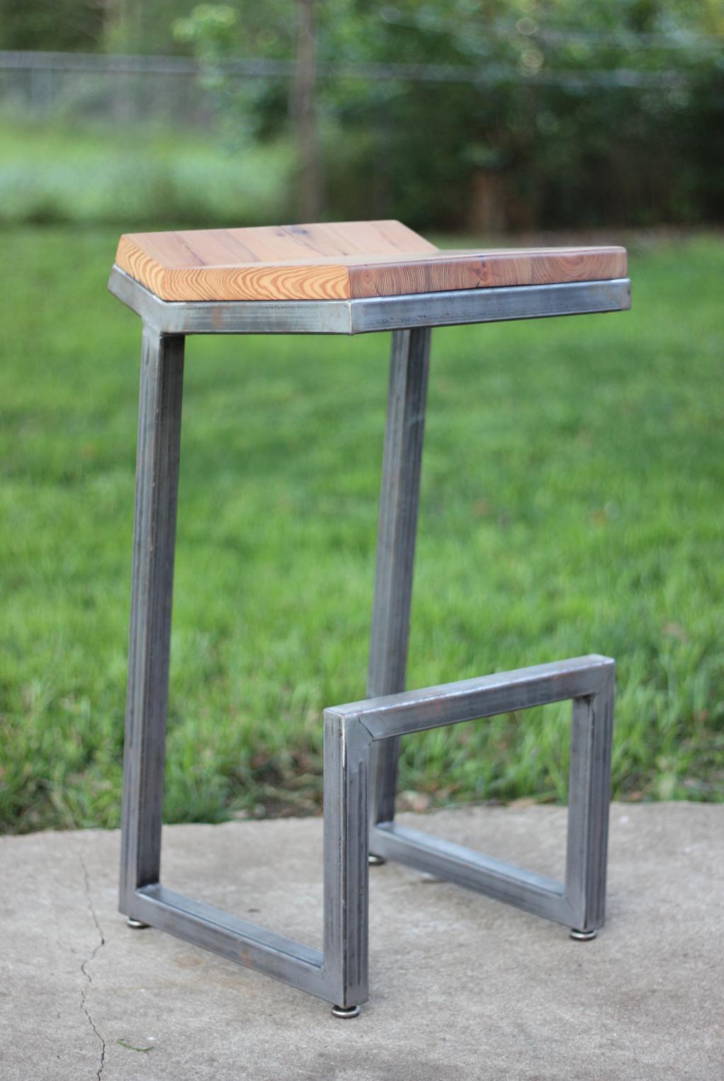 Longleaf Pine +Steel Barstool
