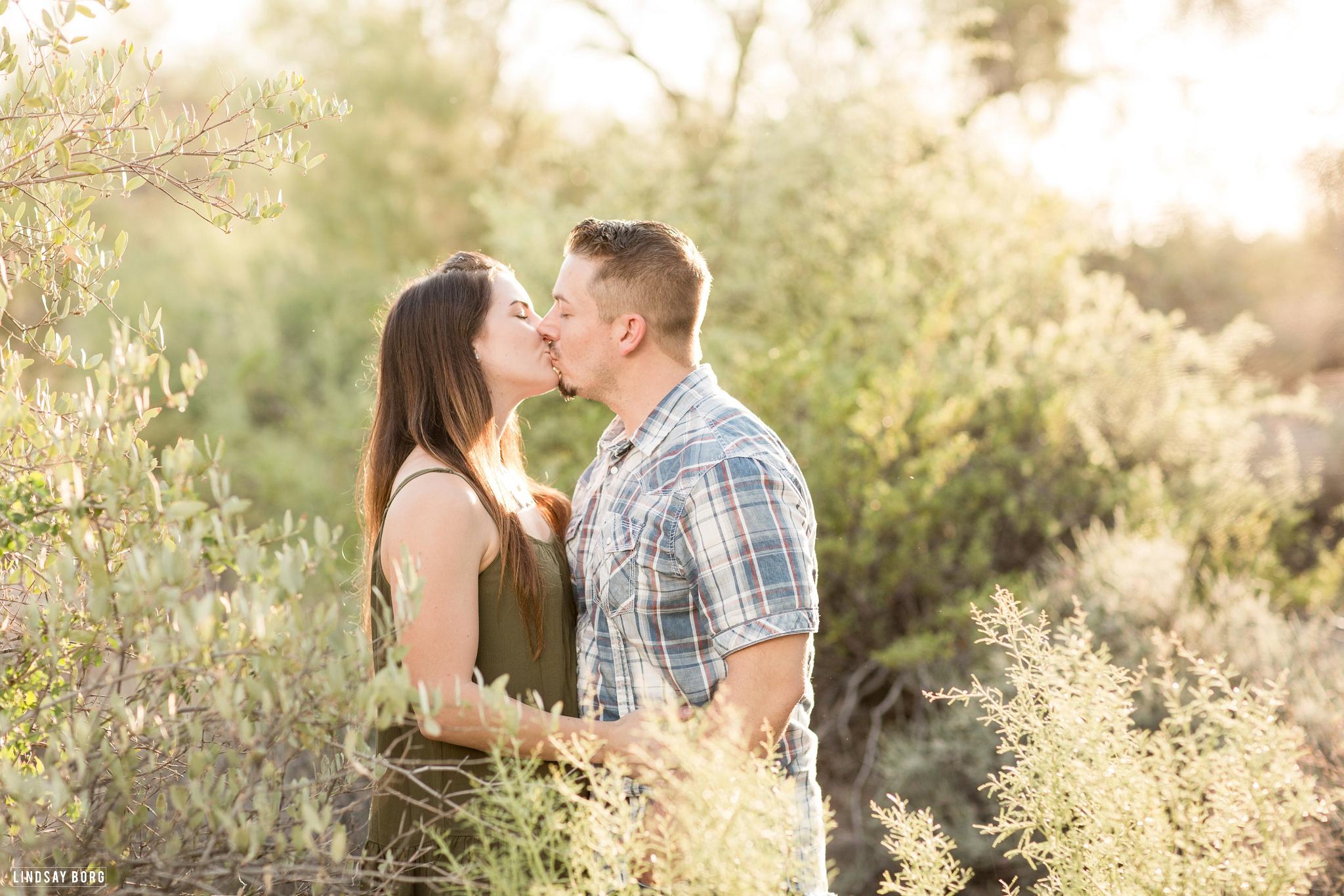 Lindsay-Borg-Photography-Arizona-engagement-photographer-lost-dutchman (3).jpg