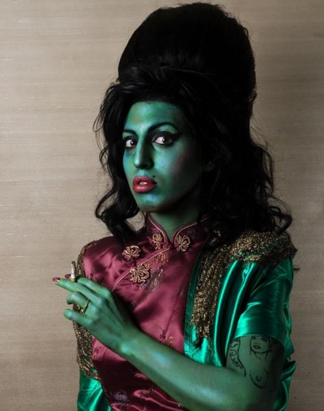 green-lady-winehouse kate friend.jpg