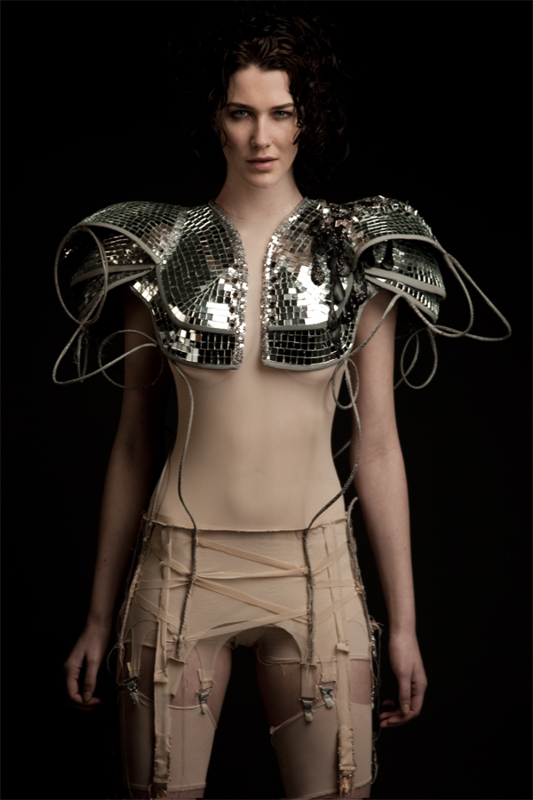 repurposed-mirrorball-shoulderpiece-RachelFreireAW10-by-Diego-Indraccolo.jpg