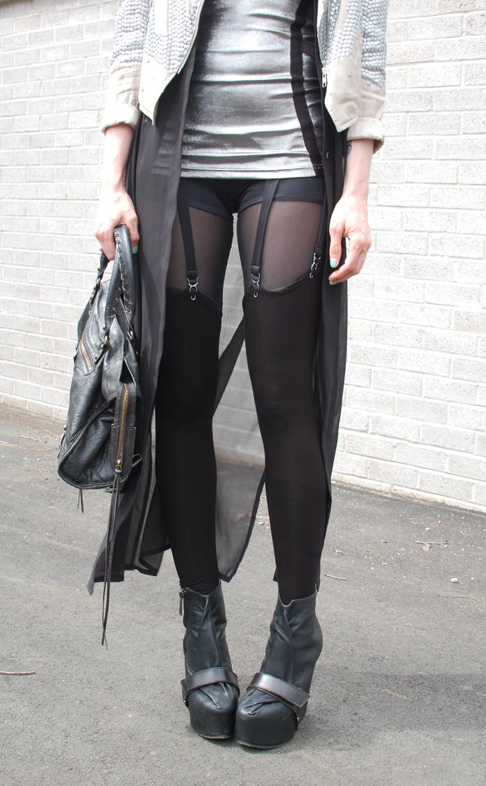 queen michelle suspender leggings.jpg