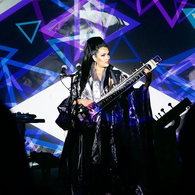The incredible people I get to call my friends are my biggest inspiration. Watching @bishi_music perform the other night, listening to her so elegantly communicate her own inspirations, amongst a crowd of amazing creatures not only made me proud to be her friend but gave me lots to think about. You slayed girl! Thank you for letting me dress you for this performance xxx photo by @outputarts #bishi #bishimusic #electricsitar #rocksitar #rachelfreire #couture #madeinengland #handmade #bespoke #midimapping #richmixlondon #avperformance #abletonpush