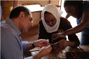 3.Learn how to prescribe and assemble corrective eyeglasses, including soft skills for optimal customer care service.