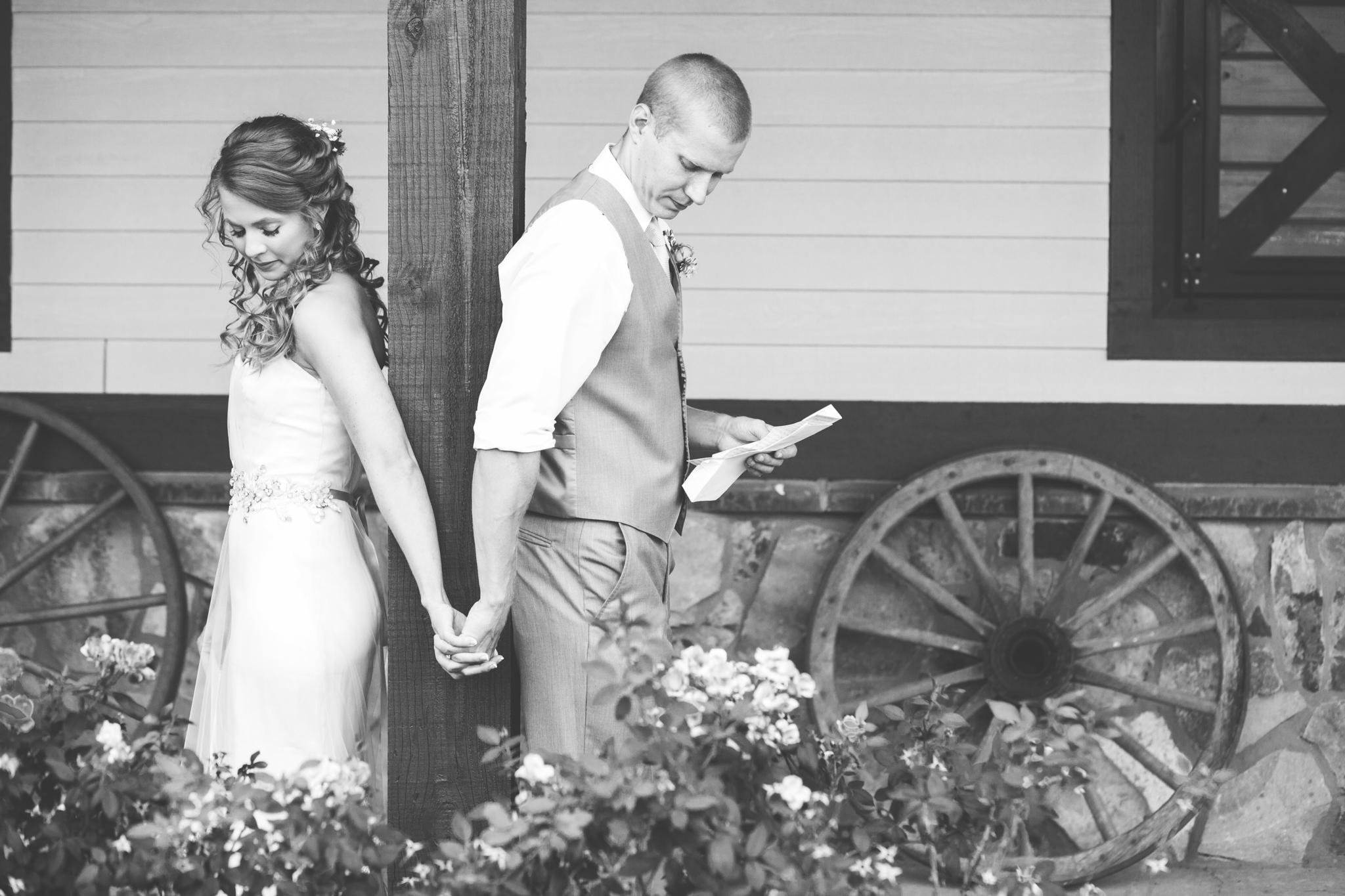 Wedding_Kyle&TaylorGilseth_Blog-26.jpg