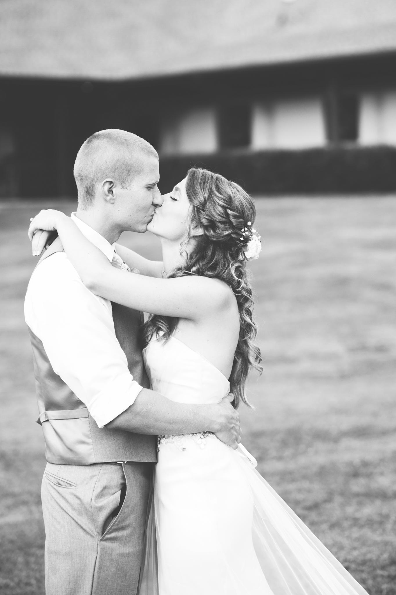 Wedding_Kyle&TaylorGilseth_Blog-133.jpg