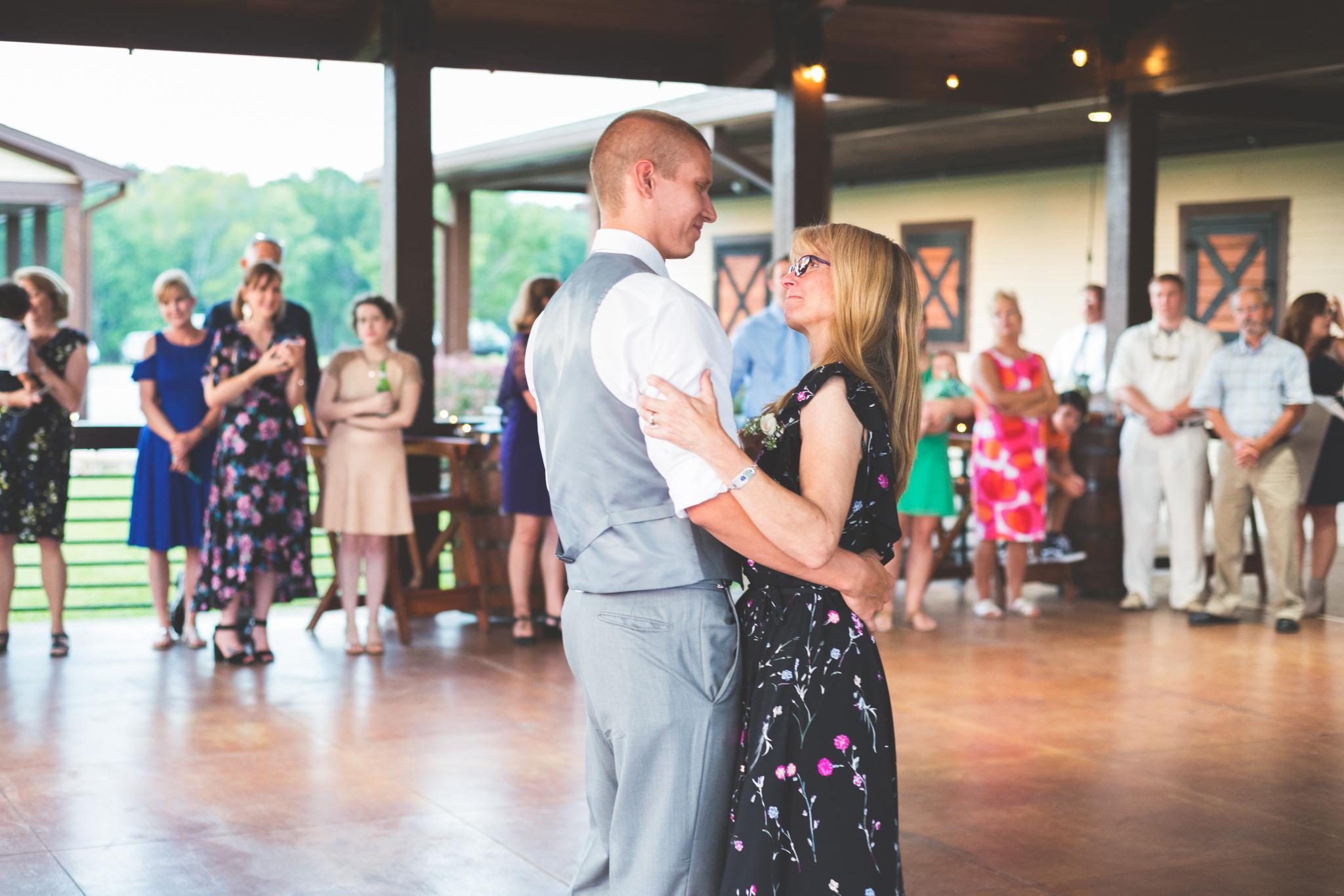Wedding_Kyle&TaylorGilseth_Blog-152.jpg