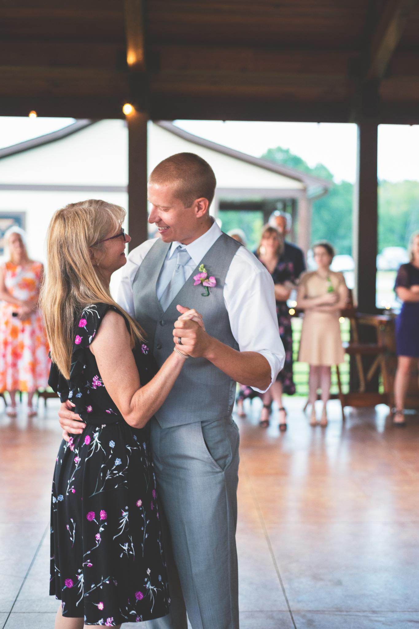 Wedding_Kyle&TaylorGilseth_Blog-153.jpg