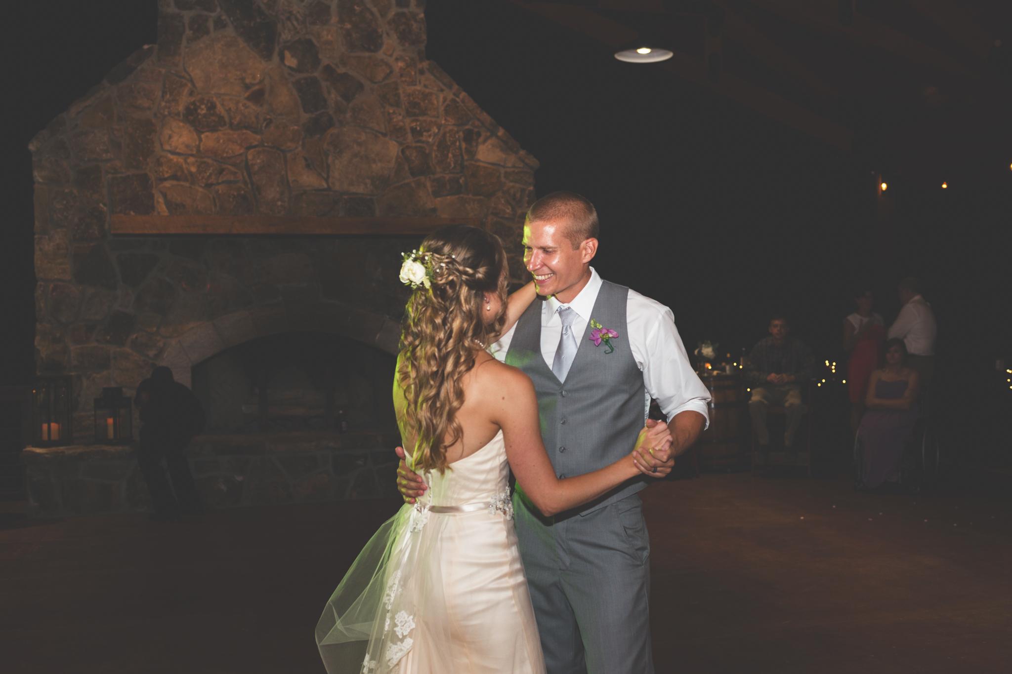 Wedding_Kyle&TaylorGilseth_Blog-196.jpg