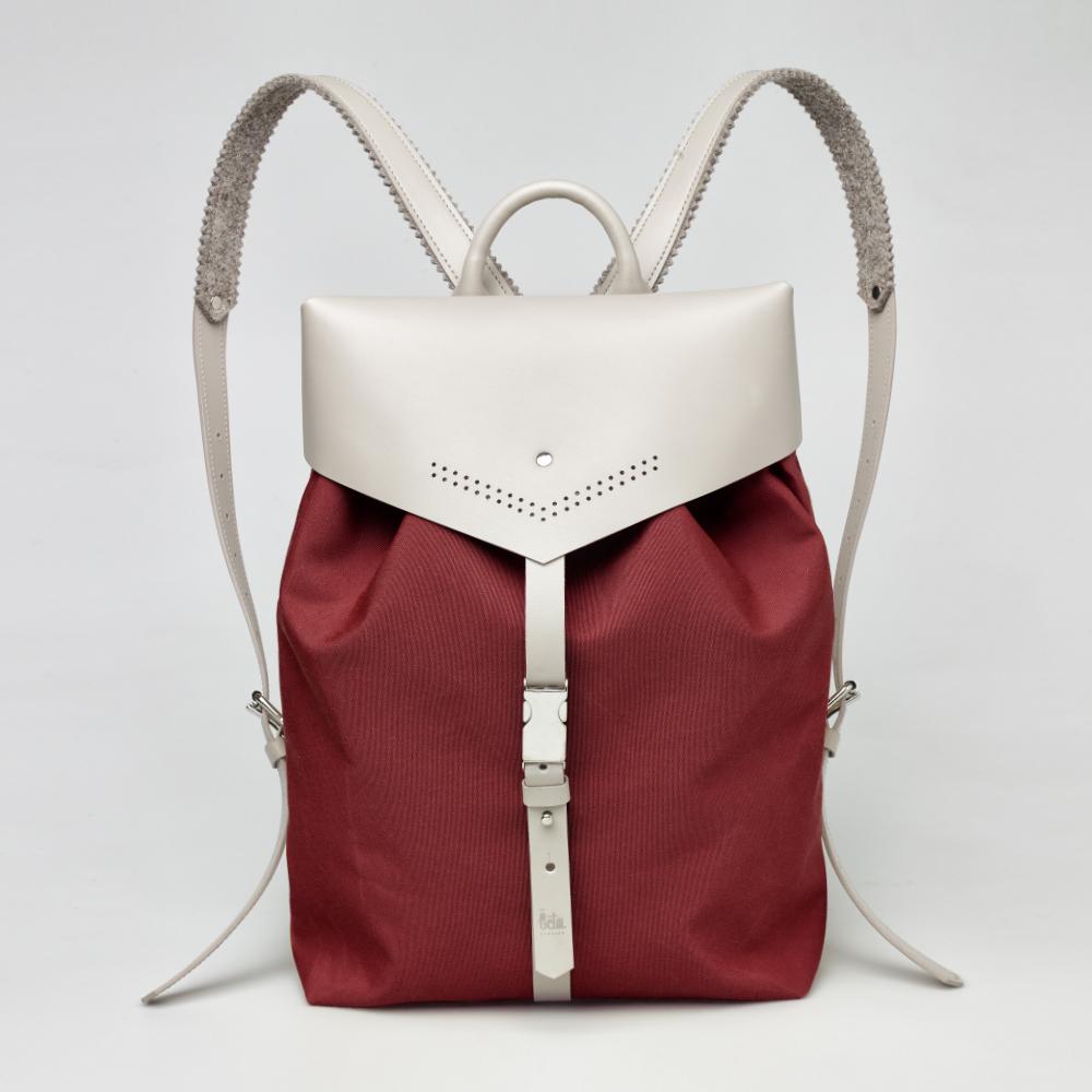 TheBetaVersion_Felix_backpack_burgundy_01_front.jpg