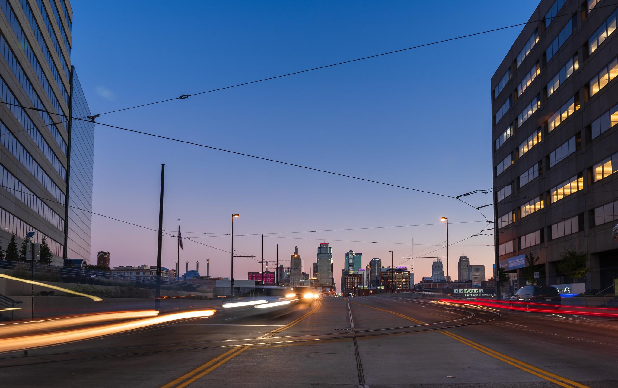 Kansas City Main Street Sunrise.jpg