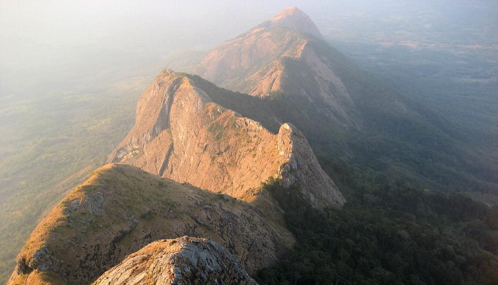 Gurungue Mountain  chain