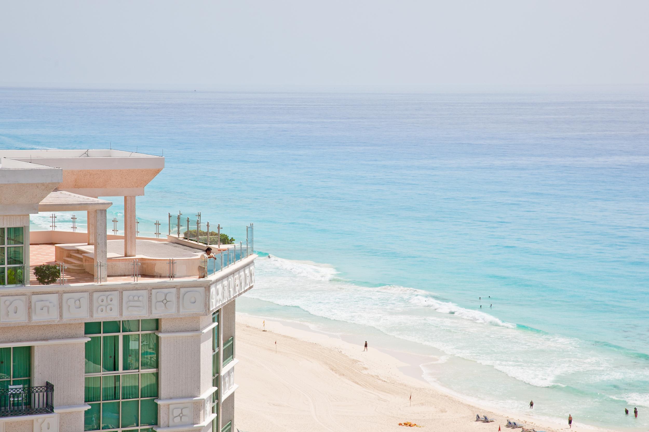 trisa-taro-hotel-view-beach-cancun.jpg