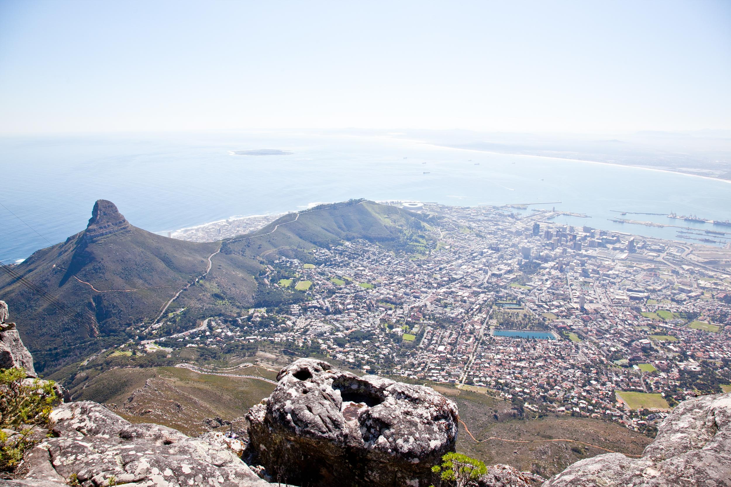 IMG_4665-table-mountain-cape-town-south-africa-trisa-taro.jpg