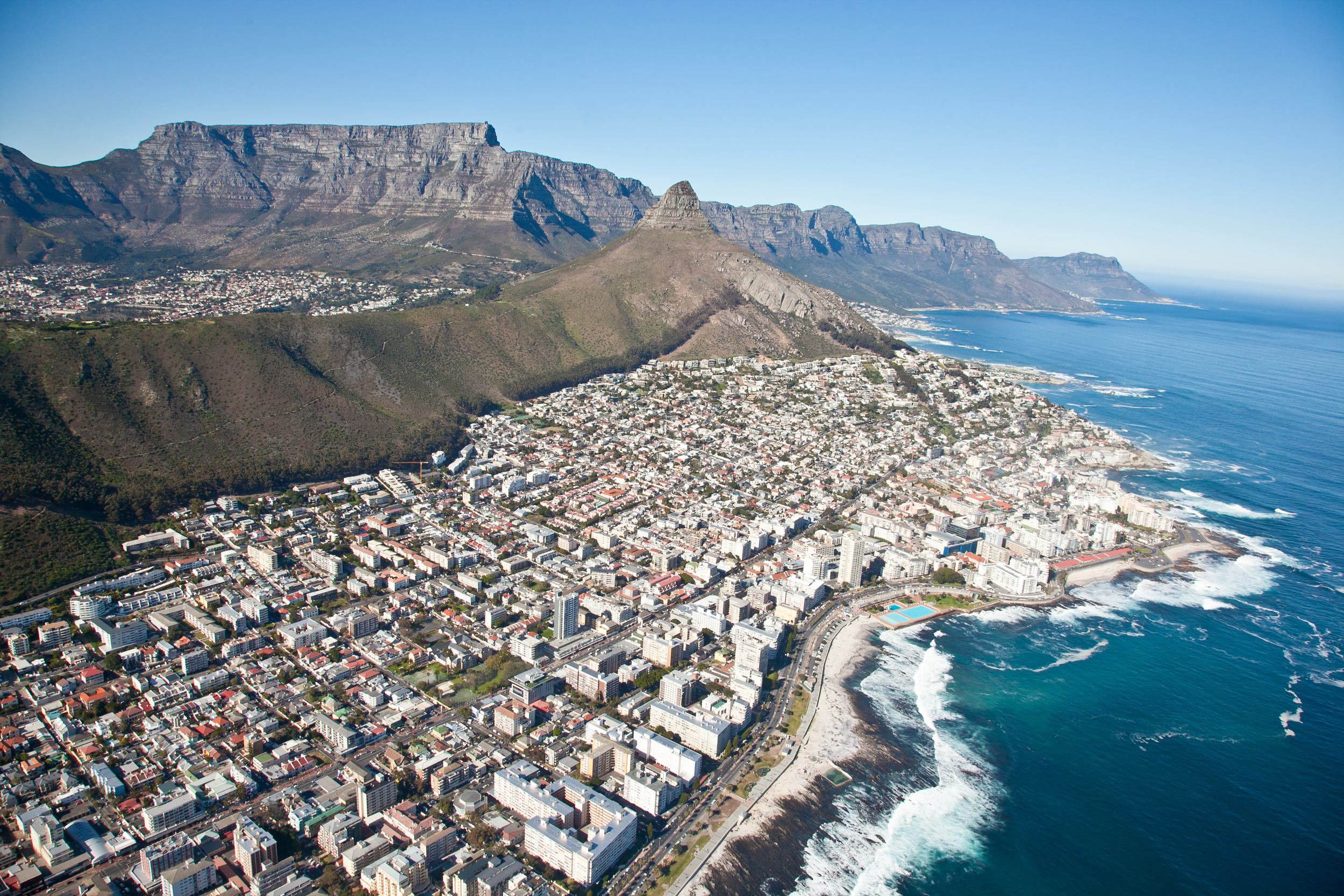 IMG_4838-cape-town-south-africa-helicopter-ride-trisa-taro.jpg