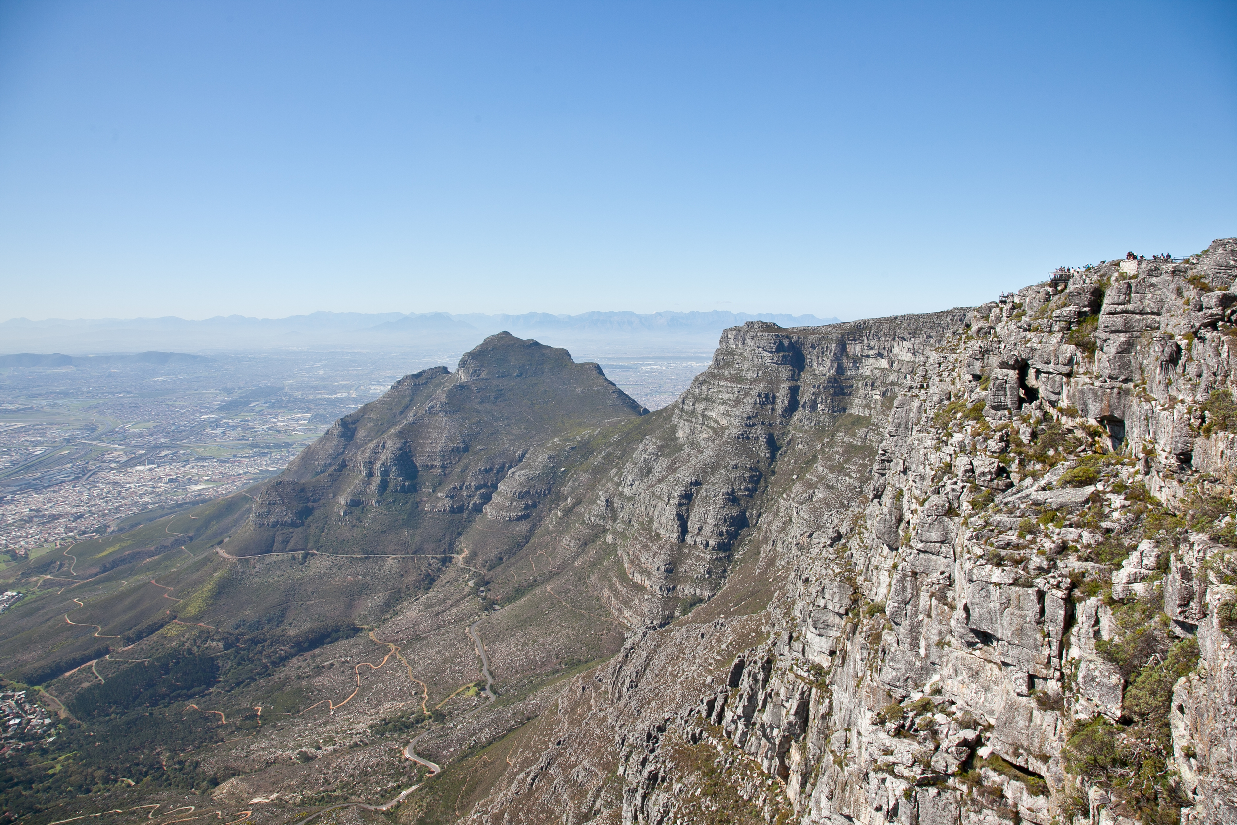 IMG_4710-table-mountain-cape-town-south-africa-trisa-taro.jpg