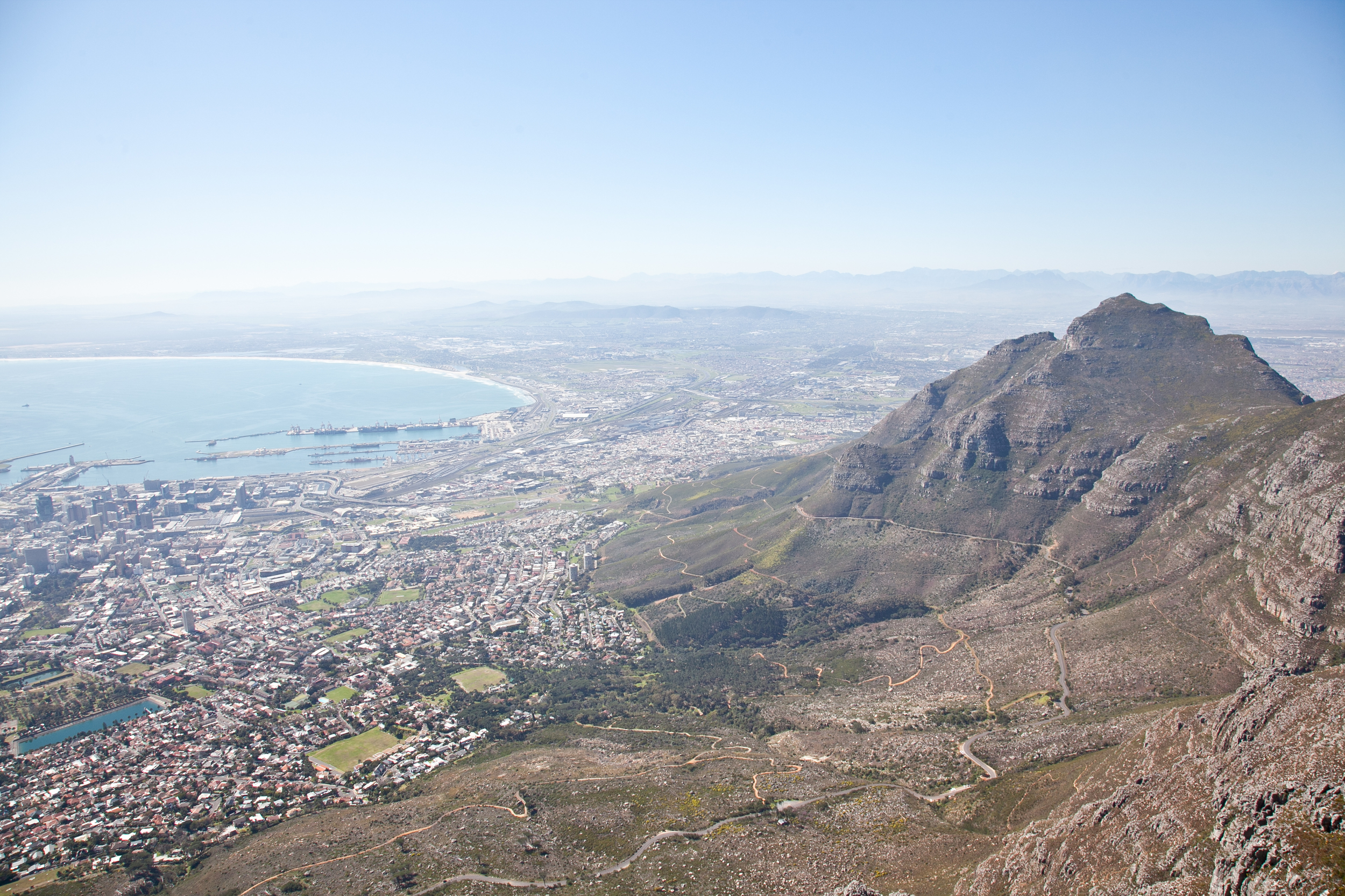 IMG_4711-table-mountain-cape-town-south-africa-trisa-taro.jpg