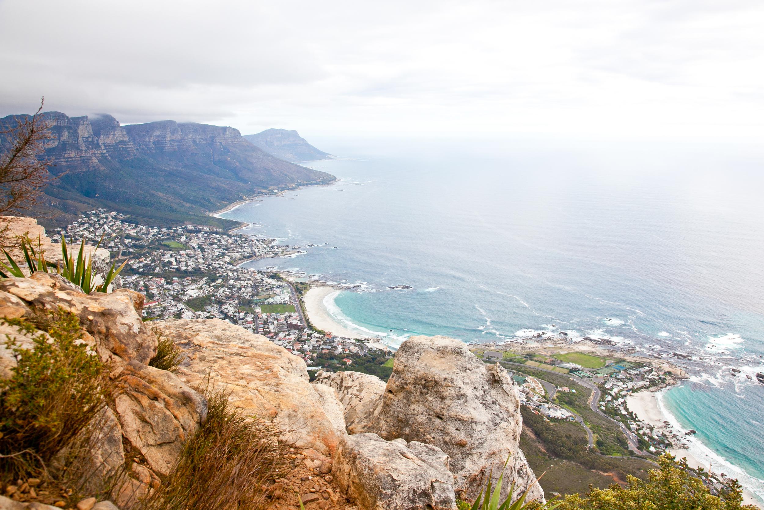 IMG_5097-hiking-lions-head-cape-town-trisa-taro.jpg