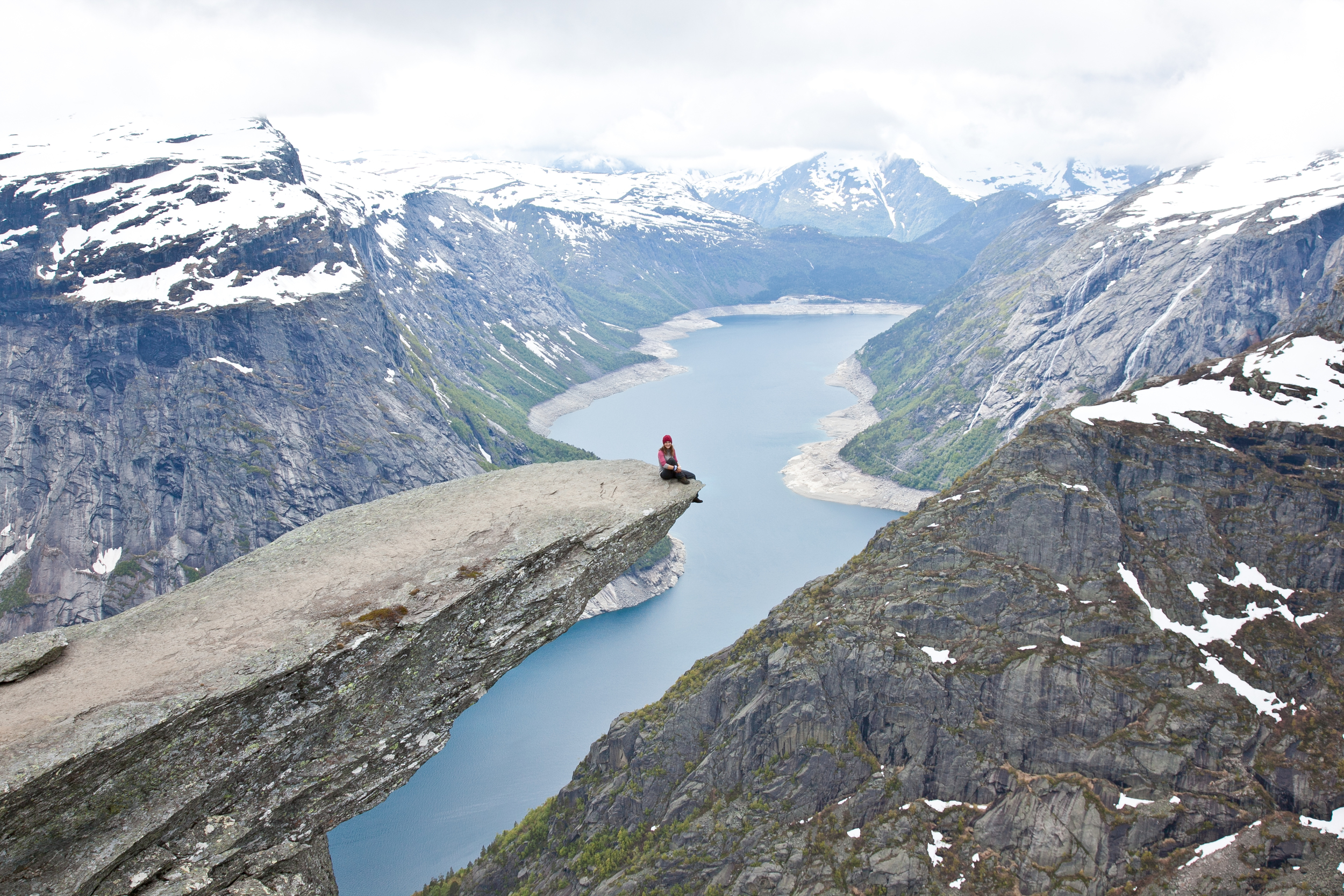 IMG_3770-trolltunga-norway-hiking-trisa-taro.jpg