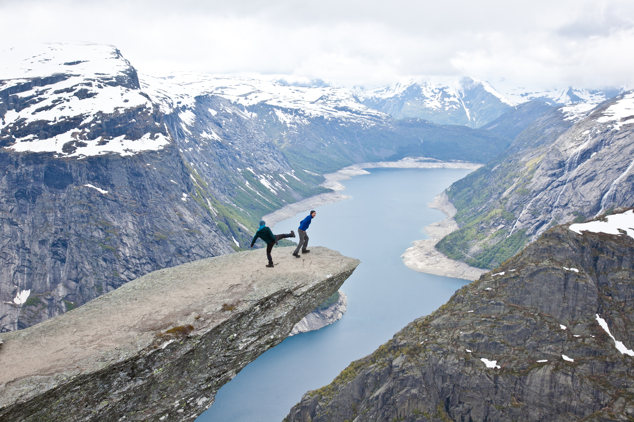 IMG_3777-trolltunga-norway-hiking-trisa-taro.jpg