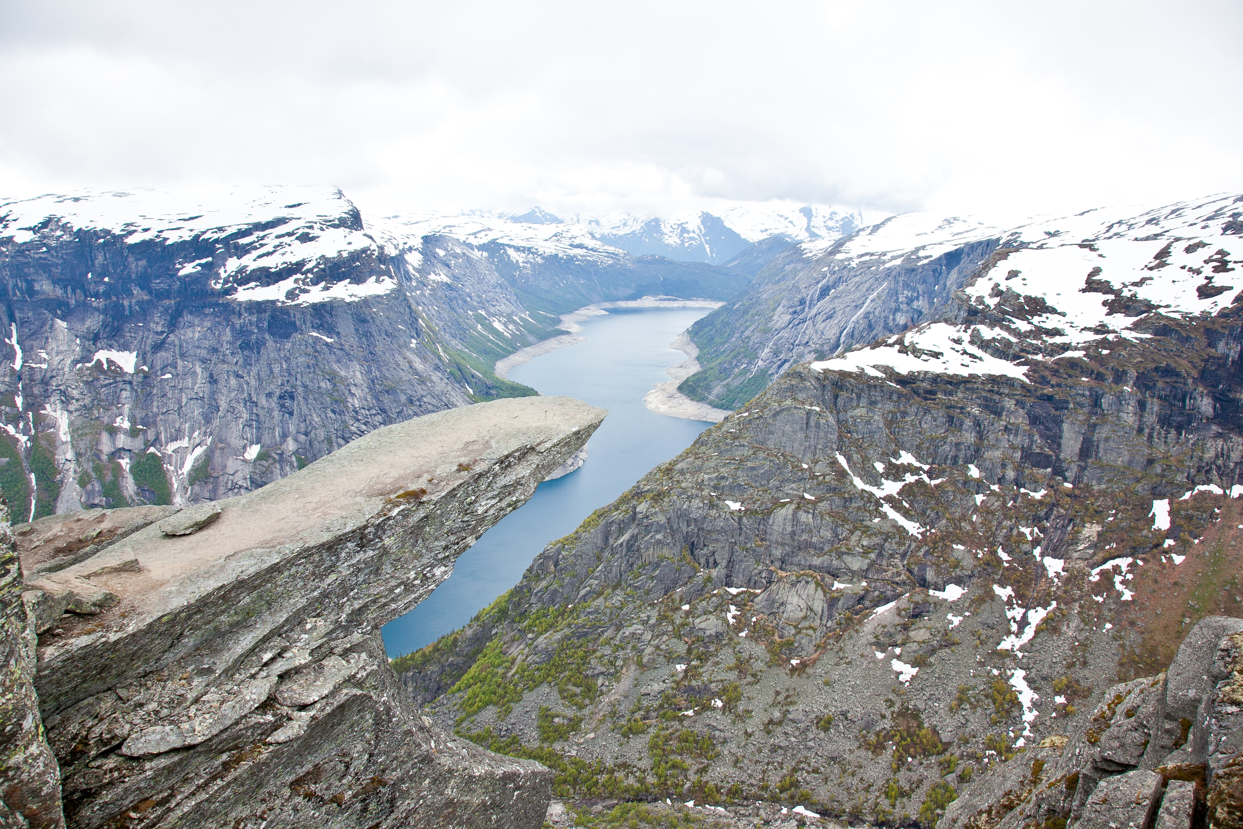 IMG_3807-trolltunga-norway-hiking-trisa-taro.jpg