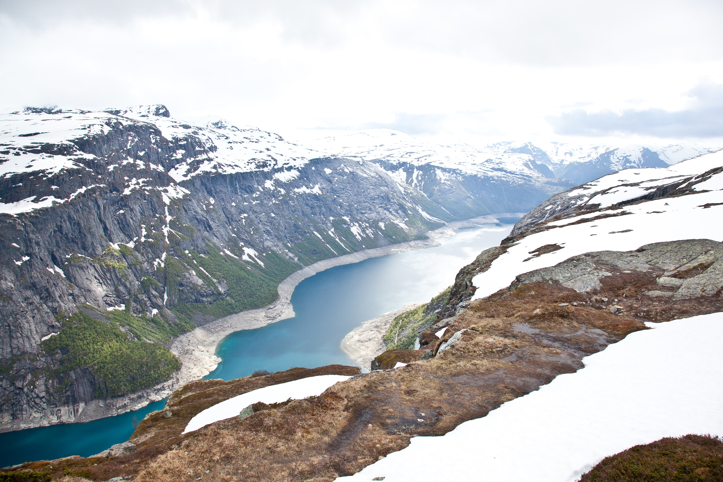 IMG_3829-trolltunga-norway-hiking-trisa-taro.jpg