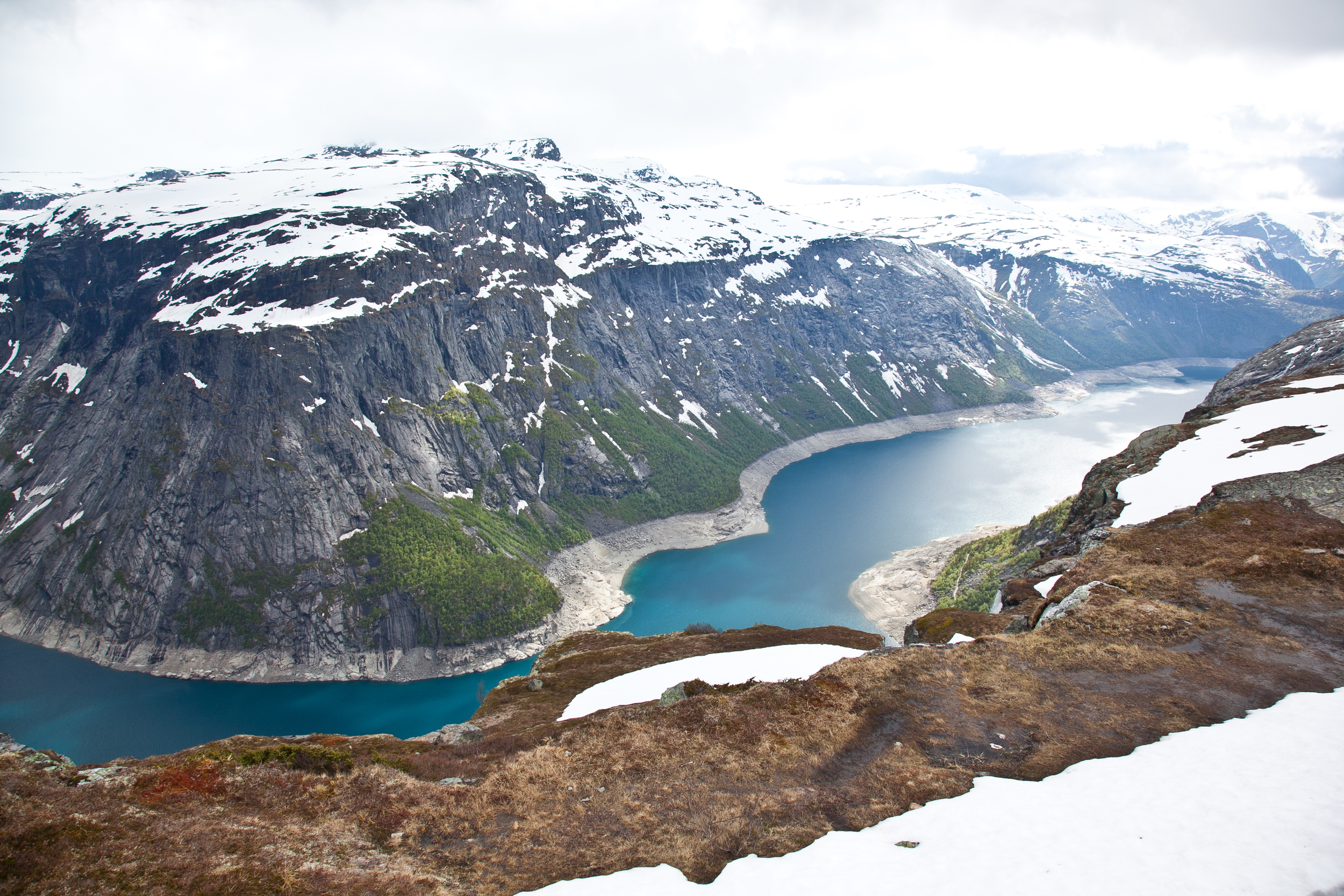 IMG_3830-trolltunga-norway-hiking-trisa-taro.jpg