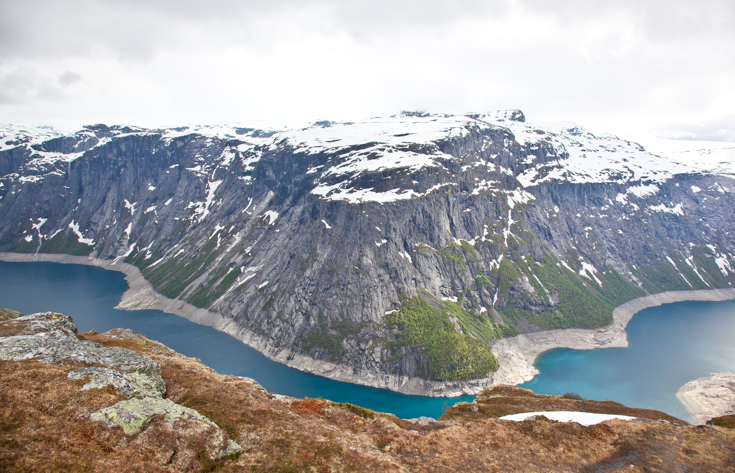 IMG_3833-trolltunga-norway-hiking-trisa-taro.jpg